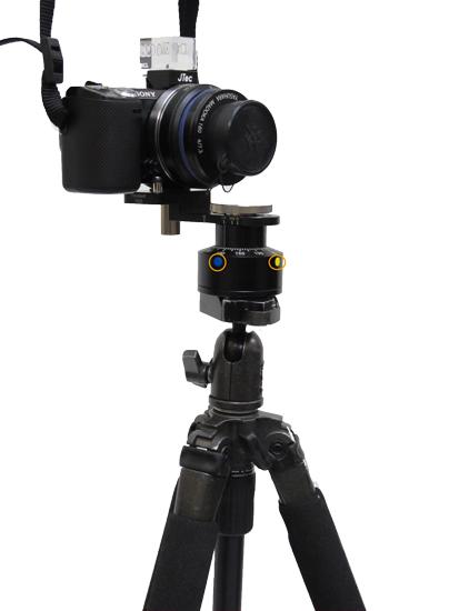 カメラ、三脚